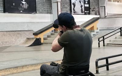 Rollstuhl-Skaten auf dem RAW Gelände